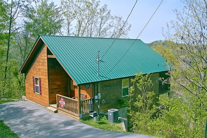 Alone at Last Cabin Rental Photo. 1 Bedroom Pigeon Forge Cabin For Rent