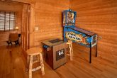 Luxurious Cabin with Game Room and Arcade Game