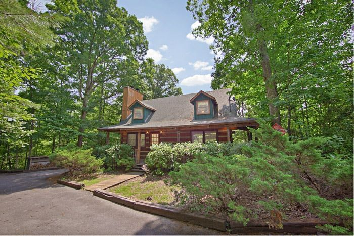 Amazing Majestic Oaks Cabin Rental Photo