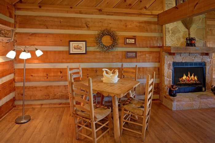 Gatlinburg 1 Bedroom Cabin Sleeps 6 - Amazing Sunset