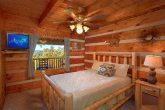 1 Bedroom Cabin Sleeps 6 with Main Floor Bedroom