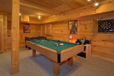 1 Bedroom Cabin Sleeps 6 with Pool Table