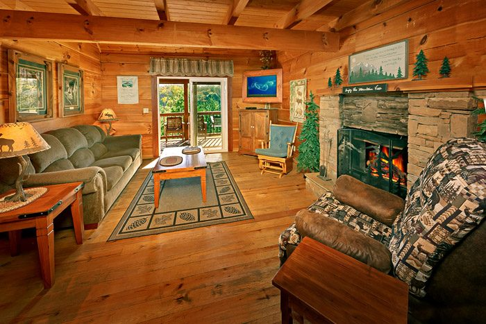 Featured Property Photo   Amazing View Cabin With Spacious Living Room    Amazing View ...