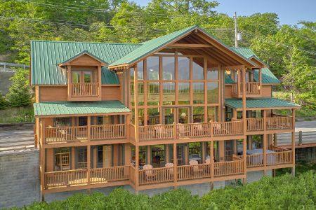 Natures Majesty: 5 Bedroom Gatlinburg Cabin Rental