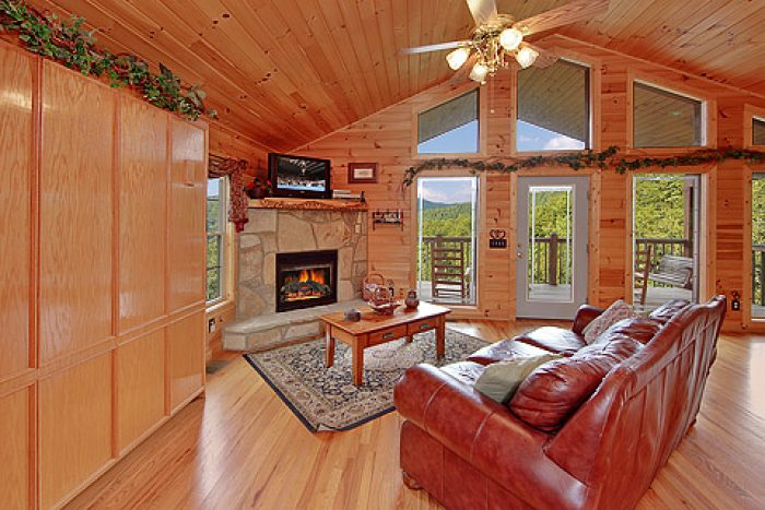 Living Room with Gas Fireplace - Amore Mountain Retreat