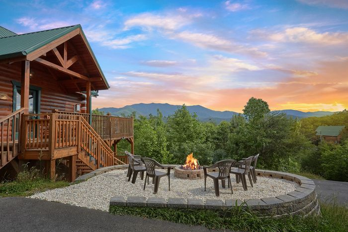 gatlinburg pigeon cabin of cove located rentals cabins the outside bedroom forge in castle view cades