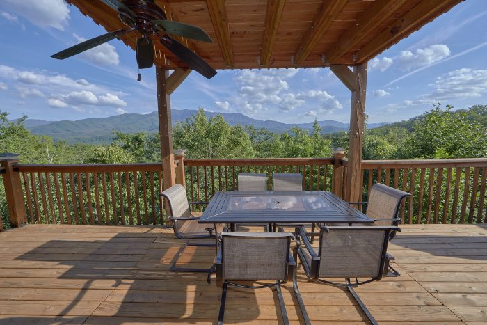 2 Bedroom Cabin with Hot Tub and Views - Angel's Landing