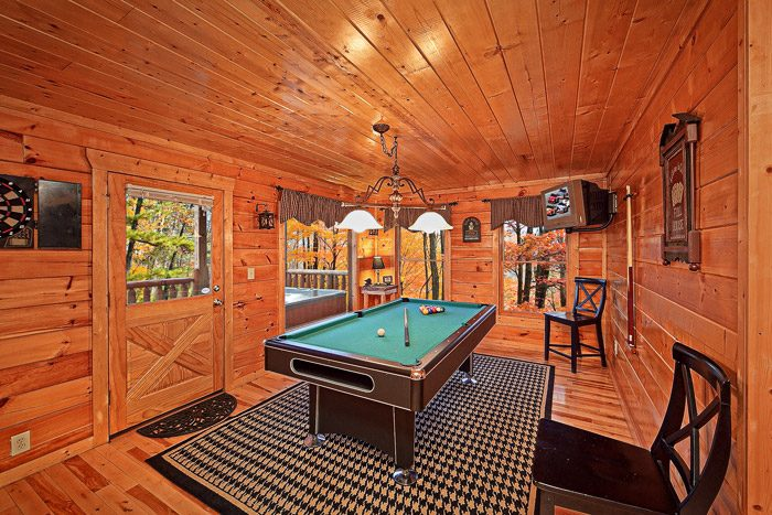pool table in gatlinburg cabin rental antler ridge