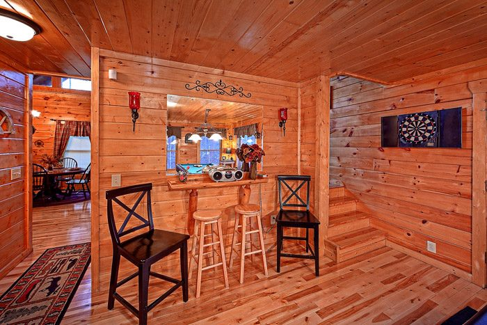 Great Game Area with Pool Table in Cabin - Antler Ridge