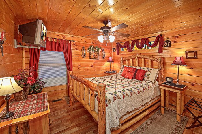 two bedroom cabin with queen bedroom antler ridge