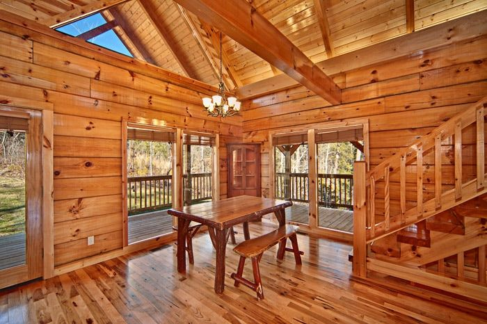 Cabin with Dining Table - Apache Sunset