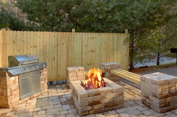Cabin with Fire Pit and outdoor Grilling Area - April's Diamond