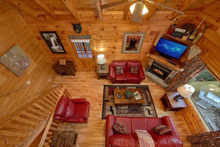 Two Bedroom Cabin in the Smokies - April's Diamond