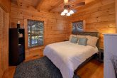 2 Bedroom Cabin with Main Floor Bedroom