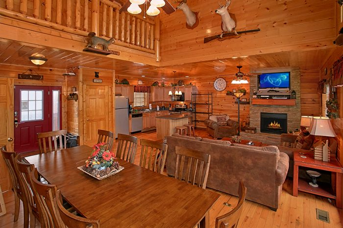 Large Cabin with King Master Suite - Arizona East
