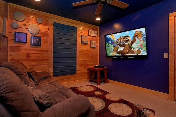 5 Bedroom Cabin with Theater Room and Games - Arizona East