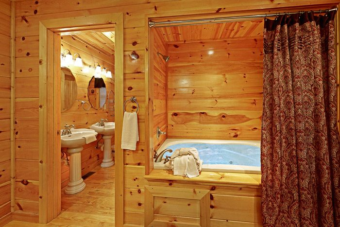 Tub and Shower in King Sized Bedroom - At Trails End