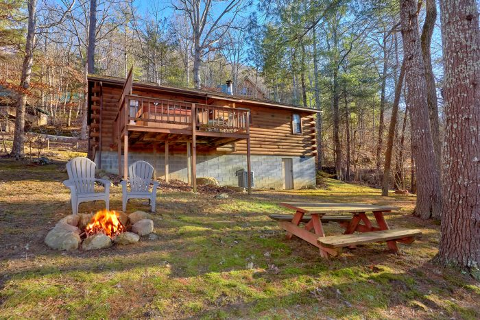 Cabin with Yard and Fire Pit Near Pigeon Forge - Autumn Breeze