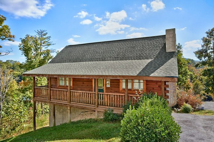Autumn Ridge Cabin Rental Photo