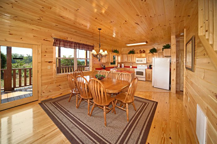 Cabin with Dining Room - Awesome Views