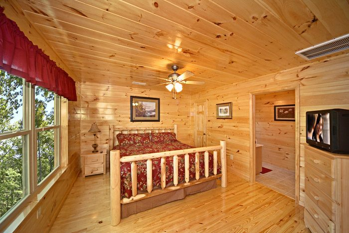 Cabin with King Bed - Awesome Views