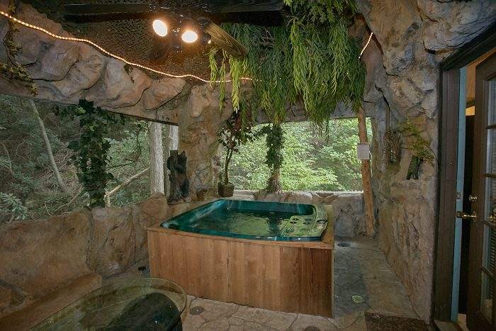 Cabin with Hot Tub Grotto Cave Area - Bare Bottom Cabin