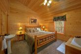 4 Bedroom Cabin with A Jacuzzi