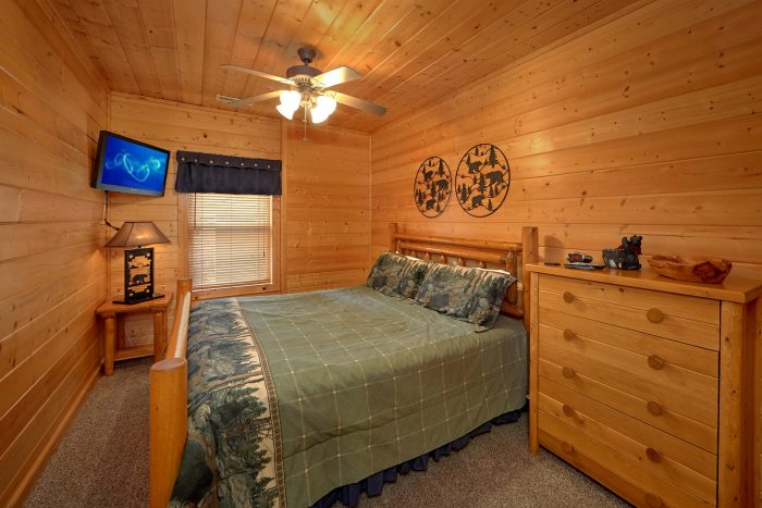 4 Bedroom Cabin with 4 King Beds - Bear Creek Lodge