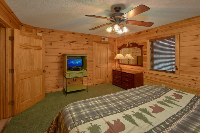 King Bed in Every Bedroom Gatlinburg Cabin - Bear Crossing