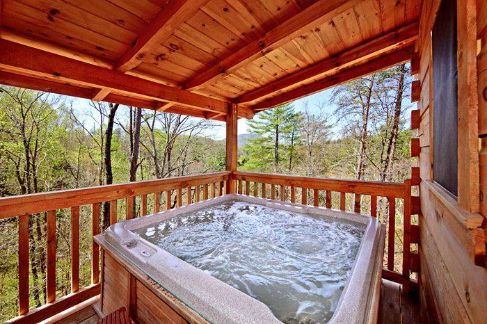 Private Outdoor Hot Tub at Gatlinburg Cabin - Bear Crossing