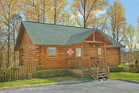 Antler Ridge: 2 Bedroom Sevierville Cabin Rental