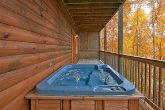 Pin Oak Resort 2 Bedroom Cabin with Hot Tub