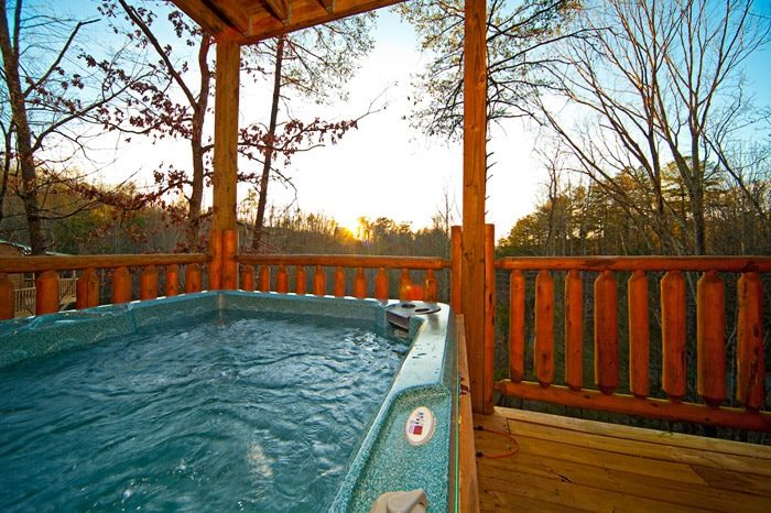 Hot Tub in Smoky Mountain Cabin Rental - Bear Footin In The Smokies