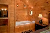 2 Bedroom Cabin with Jacuzzi Tub