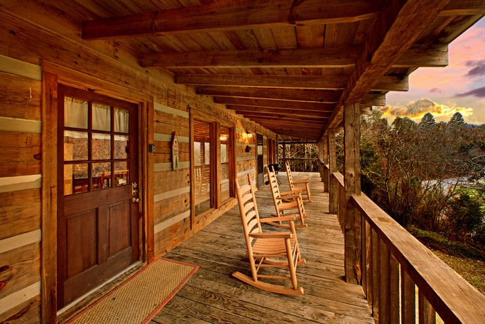 Bear Paw Cabin Rental Photo