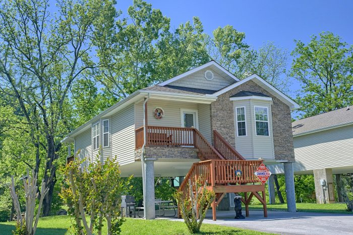 Bear Paw Chalet Vacation Home Near River In Pigeon Forge