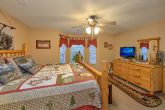 Pigeon Forge Cabin with a King Master Suite