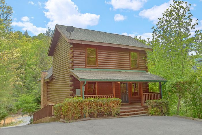 bedroom pigeon forge cabin rental in mountain park resort