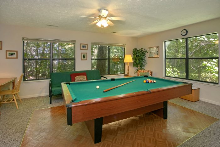 2 Bedroom Chalet with Pool Table and Game Room - Bear Walk Chalet
