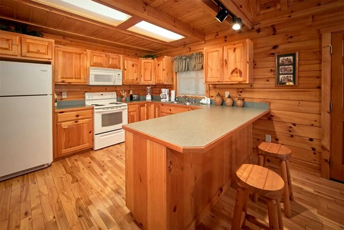 1 Bedroom cabin with Fully Stocked Kitchen - Bearadise