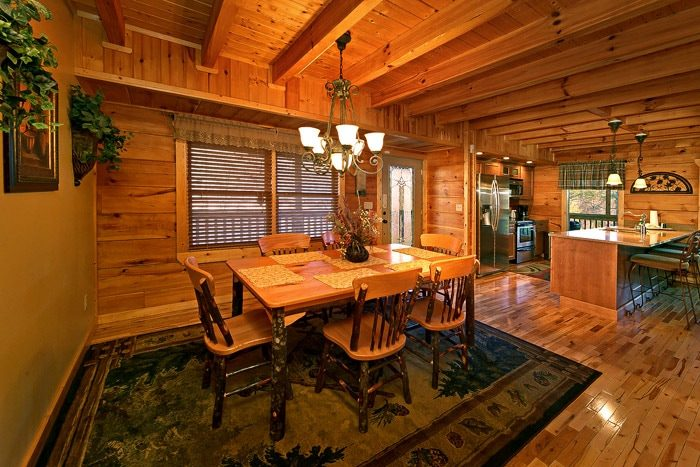 Dining Room in Cabin - Bear-E-Nice