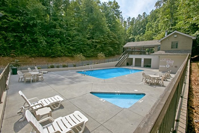 Pigeon Forge Brookstone Village Cabin With Pool Access