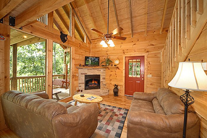 bedroom fully furnished cabin in gatlinburg bear rif ic