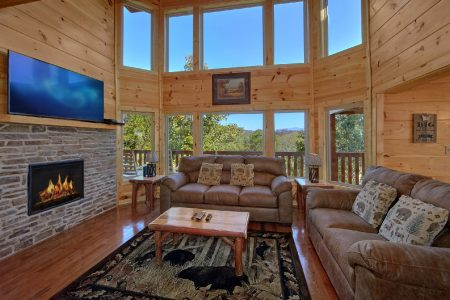 Arizona East: 5 Bedroom Sevierville Cabin Rental