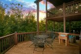 Gatlinburg Cabin with Private Eat-In Decks