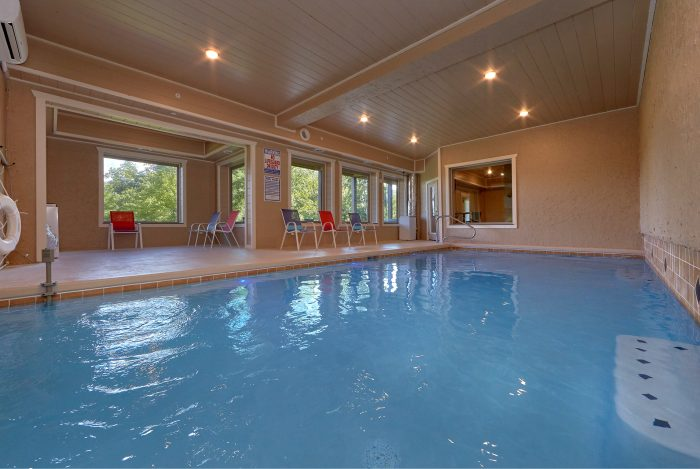 16 Bedroom Sleeps 66 with Large Indoor Pool - Big Vista Lodge