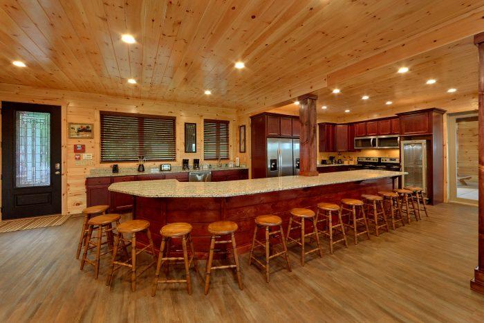 16 bedroom with 2 King Bunk Bed Rooms - Big Vista Lodge