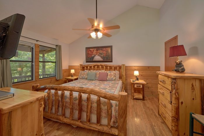 Cabin with Queen Bed - Blessed Memories