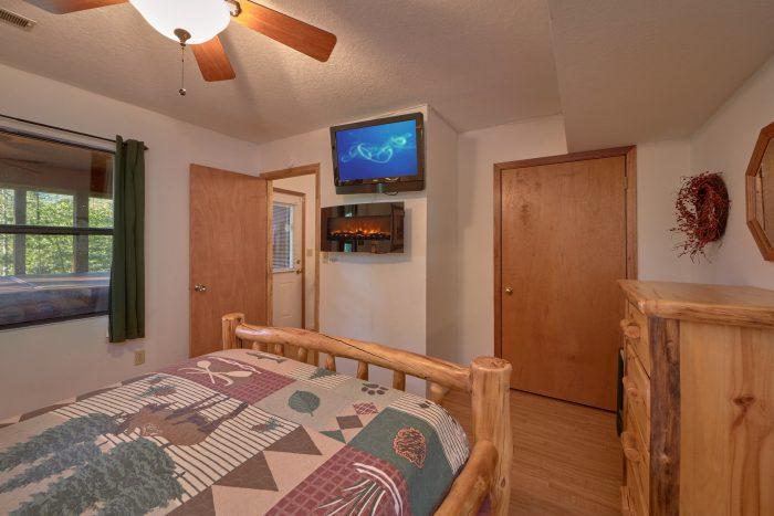 Flat Screen TV in Both Bedrooms - Blessed Memories