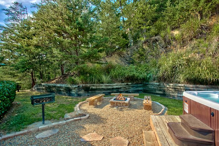 Secluded Luxury Wears Valley Cabin With A Fire Pit